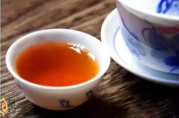 问:武夷岩茶和大红袍有什么关系?图片